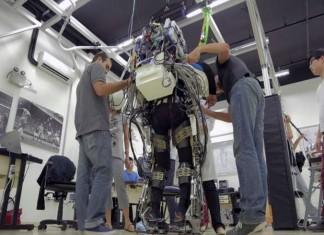 Esempio di un robot-esoscheletro