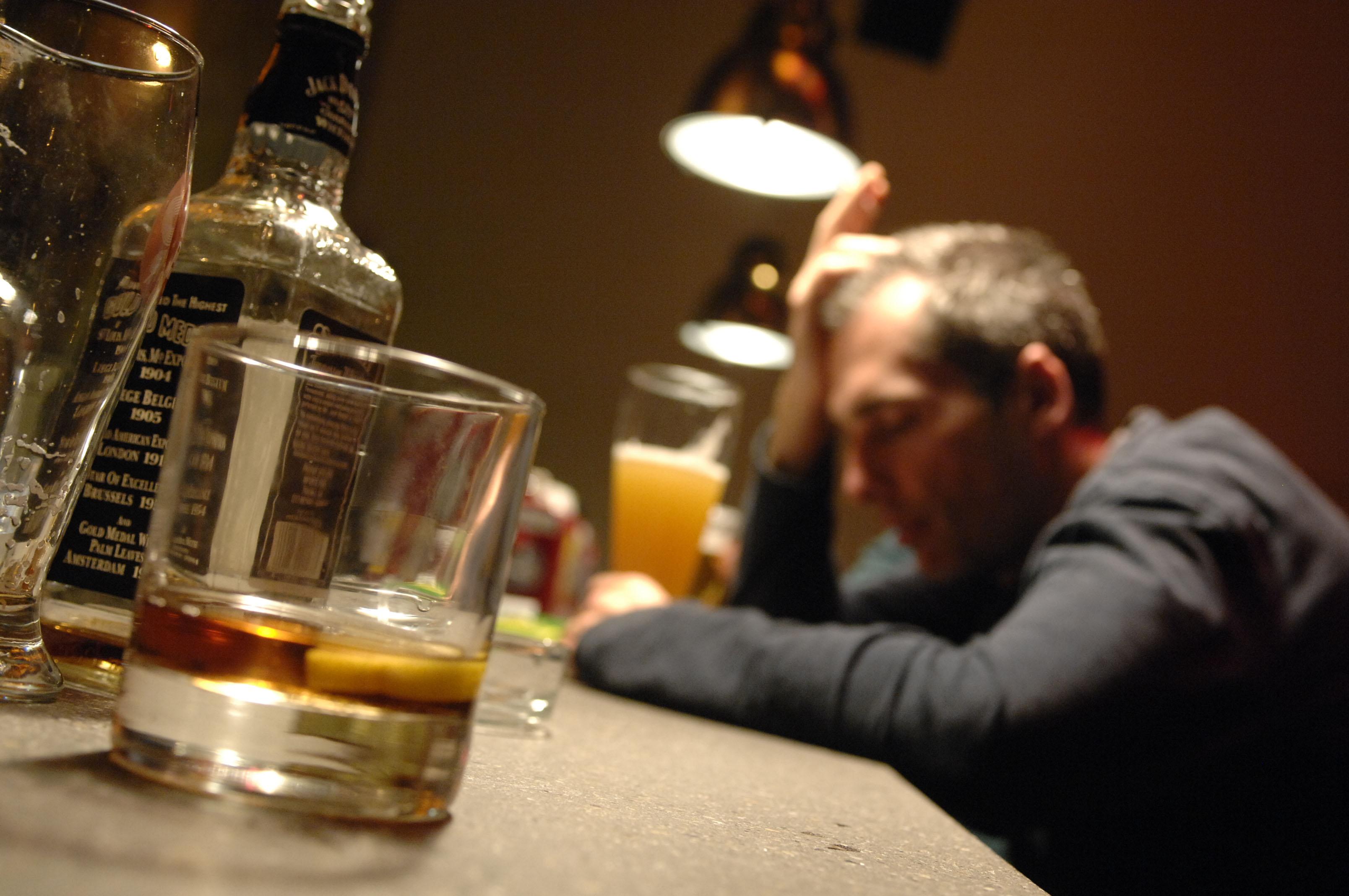 Alcolismo cronico di una malattia